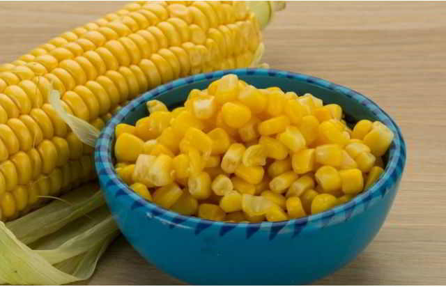 Молодая маринованная кукуруза. Очень простой рецепт.