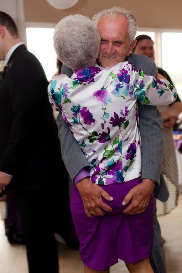 Бес в ребро: 20 пожилых пар, доказывающих, что старость ещё не повод отказываться от веселья