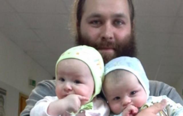 Дьякон убедил женщин не делать аборт и усыновил их детей. И своих шестеро!
