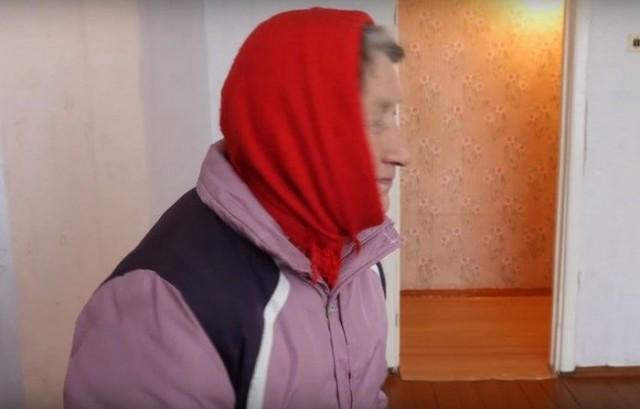 Видео: Пользователи интернета собрали деньги и купили квартиру для замерзающей пенсионерки из Вологодской области