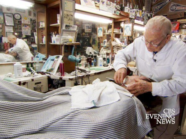 98-летний парикмахер продолжает работать и не хочет на пенсию!
