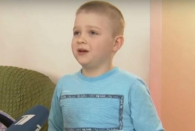 (Видео) 6-летний житель Владикавказа спас уже более 100 бездомных животных. «Я не хочу их просто оставлять на улице, там очень холодно»